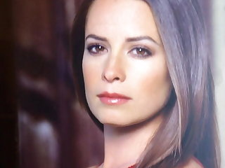 Mexican Holly Marie Combs tribute 5