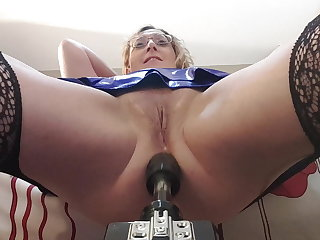 Fucking Machines Anal Pounding by the Fucking Machine with Essex Girl Lisa