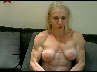 Muscular Women Webcam Flexing Nude