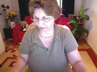 Webcams Busty mature on webcam.flv